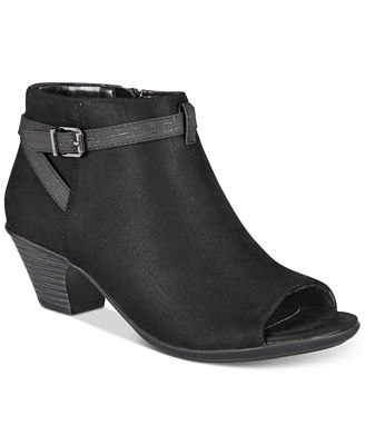 Easy Street Sparrow Women's ... Ankle Boots