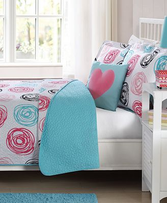 Laura Hart Kids Colette Reversible Pink Circles Quilt Sets