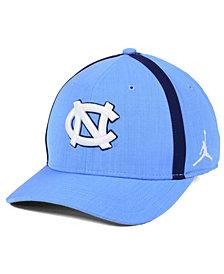Nike North Carolina Tar Heels Aerobill Classic Sideline Swoosh Flex Cap