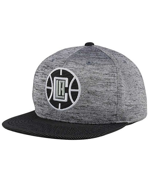 5785ca2417d Mitchell   Ness Los Angeles Clippers Space Knit Snapback Cap ...