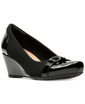 Clarks Collection Women's Flores Poppy Wedge Pumps