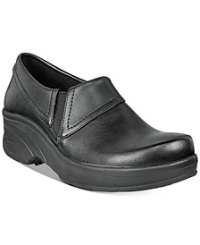 Easy Works By Women's Assist Slip Resistant Clogs