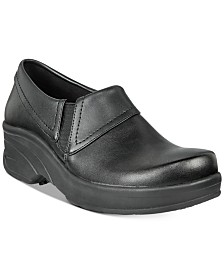 Easy Works By Easy Street Women's Assist Slip Resistant Clogs