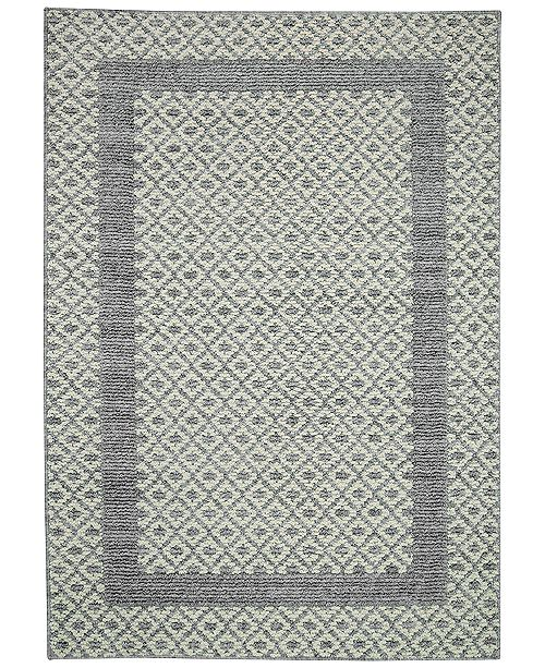 Put A Picture Perfect Polish On Your Bath S Look With The Refined Diamond Geo Pattern And Fashionable Framing Of These Non Skid Rugs From Mohawk