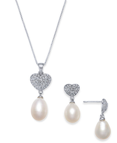 Cultured Freshwater Pearl (7 x 9mm) & Cubic Zirconia Heart Jewelry Set in Sterling Silver