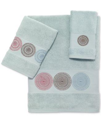 Emmeline Cotton Embroidered Bath Towel