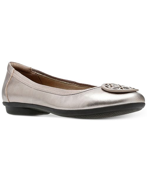 162331c51 Clarks Collection Women's Gracelin Lola Flats; Clarks Collection Women's  Gracelin Lola ...