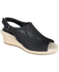 Easy Street Stacy Wedge Sandals