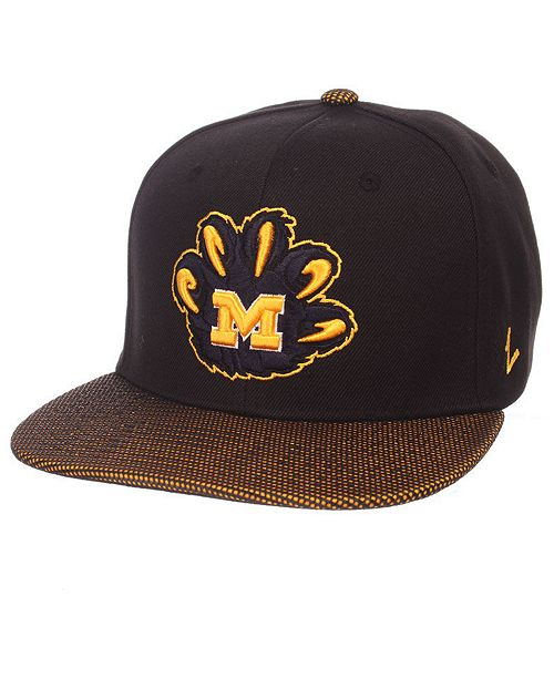 finest selection deed6 9f2d2 ... Zephyr Michigan Wolverines Spider Snapback Cap ...