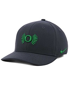 Oregon Ducks Anthracite Classic Swoosh Cap