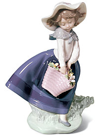 Lladro Collectible Figurine, Pretty Pickings