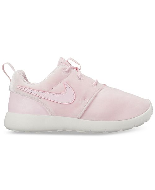 separation shoes bb75b ab743 Nike Little Girls' Roshe One Casual Sneakers from Finish ...