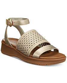 Bare Traps Rockwell Platform Wedge Sandals