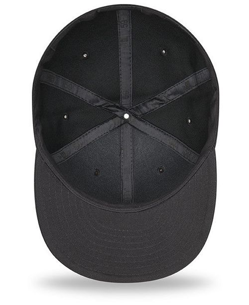 separation shoes 029fc 79574 ... order new era san diego padres blackout 59fifty fitted cap sports fan  0a3a0 5cdf8