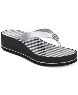 Guess Women's Enzy Flip-Flops Women's Shoes