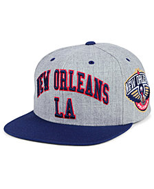 Mitchell & Ness New Orleans Pelicans Side Panel Cropped Snapback Cap