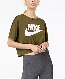 Nike Sportswear Essential Cropped Top