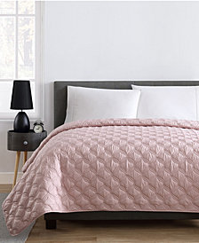 VCNY Home Joyce King Embossed Quilt