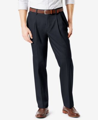 Men's Signature Lux Cotton Relaxed Fit Pleated Stretch Khaki Pants