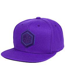Mitchell & Ness Charlotte Hornets Zig Zag Snapback Cap