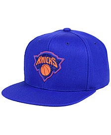 Mitchell & Ness New York Knicks Zig Zag Snapback Cap
