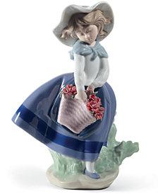 Lladró Pretty Pickings Figurine