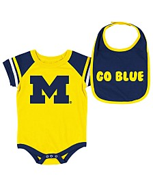 Colosseum Michigan Wolverines Onesie & Bib Set, Infants (0-9 Months)