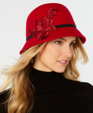 Women's Vintage Hats | Old Fashioned Hats | Retro Hats Nine West Flower-Applique Wool Felt Cloche $28.80 AT vintagedancer.com