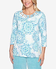 Alfred Dunner Petite Simply Irresistible Cut-Out Printed Top