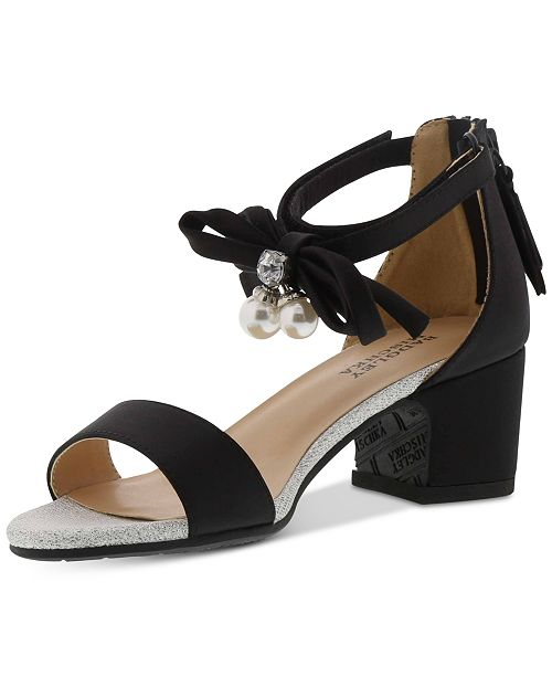 9ca81063230217 Badgley Mischka Badly Mischka Little   Big Girls Pernia Faux Pearl Bow  Sandals ...