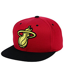 Mitchell & Ness Miami Heat Black & Gold Metallic Snapback Cap