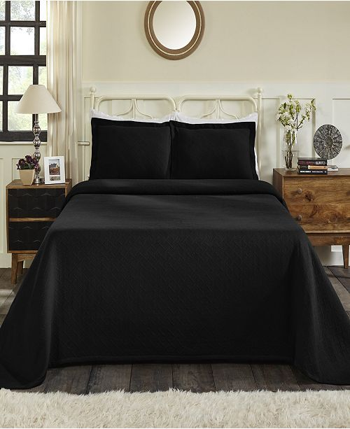 Superior Basket Queen Bedspread