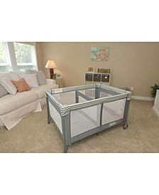 Romp and Roost Luxe Play Yard