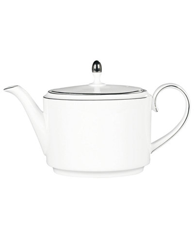 Vera Wang Wedgwood Dinnerware, Blanc sur Blanc Teapot