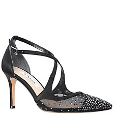 Nina Conneta Pumps