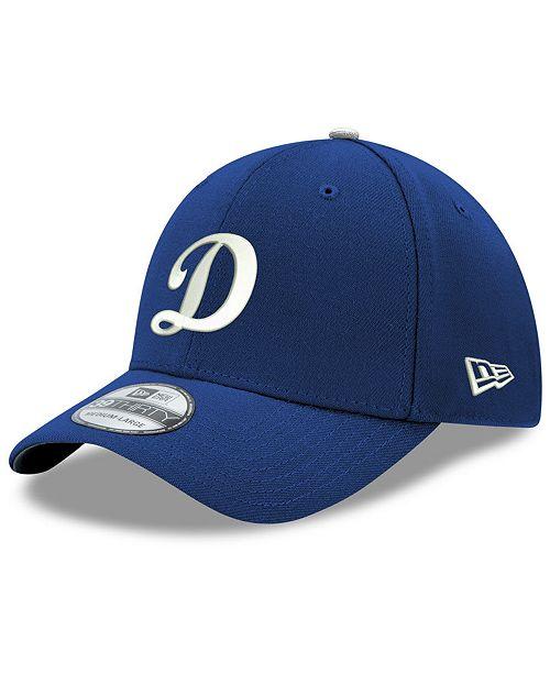 New Era Los Angeles Dodgers Core Classic 39THIRTY Cap - Sports Fan ... d4a5f6fb9804