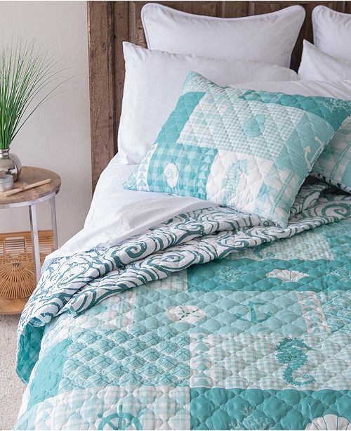 American Heritage Textiles Seahorse Grid Quilt Collection, Queen