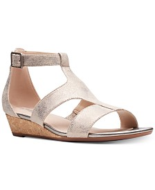 Clarks Collection Women's Abigail Lily Sandals