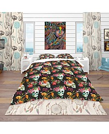 Designart 'Skull And Flowers' Bohemian and Eclectic Duvet Cover Set - Queen