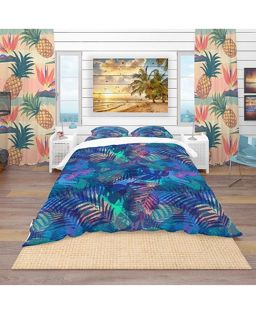 Design Art Designart 'Tropical Pattern With Palm Leaves' Modern and Contemporary Duvet Cover Set - Queen