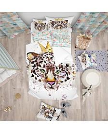 Designart 'Leopard Head With Golden Crown' Tropical Duvet Cover Set - Queen