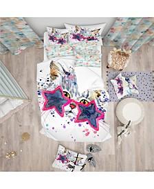 Designart 'Cute Kitten With Blue Stars' Modern and Contemporary Duvet Cover Set - Queen