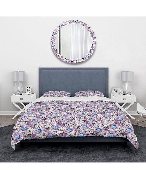 Design Art Designart 'Cascade Bouquet Royal Blue Purple and White Flowers' Traditional Duvet Cover Set - Twin