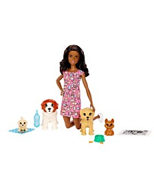 Barbie Doggy Daycare™ Doll & Pets