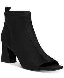 Donald Pliner Vani Booties