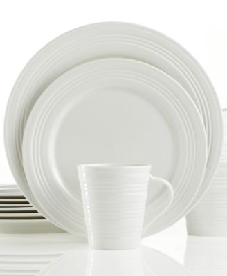 Dinnerware, Tin Can Alley Four Degree 12 Piece Set, Service for 4