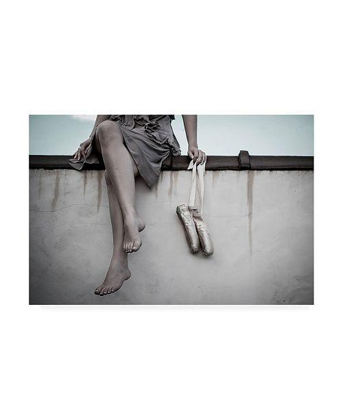 "Trademark Global Rachelle Foucachon Dancer on the Roof Canvas Art - 20"" x 25"""