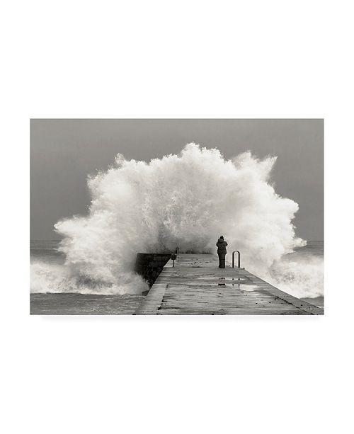"Trademark Global Mikel Lastra Waves Photographer Canvas Art - 37"" x 49"""