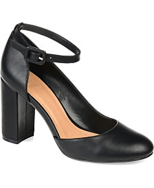Journee Collection Women's Raveen Pumps