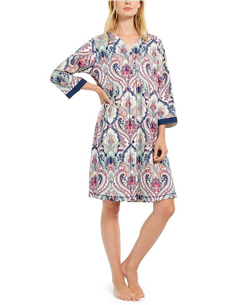 Miss Elaine Medallion-Print Short Snap-Front Robe